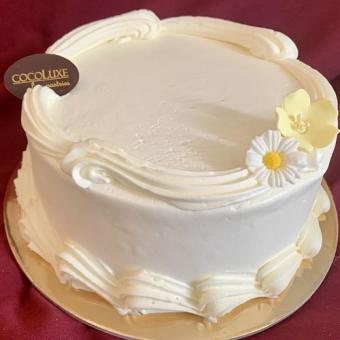 Cocoluxe Classic with Vanilla Buttercream